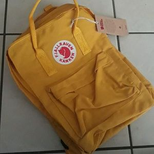 Fjallraven Kanken soft yellow 16L backpack